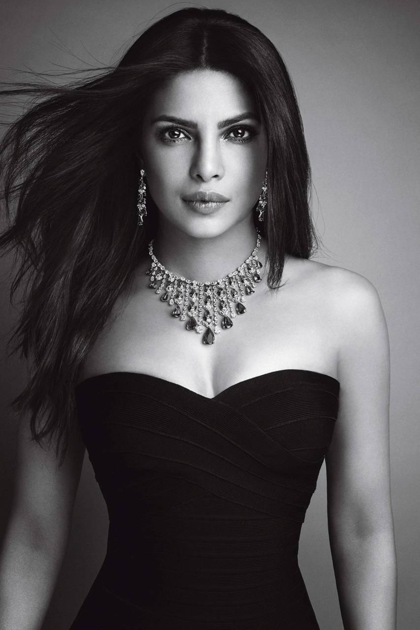 Priyanka Chopra Biography - Age, Height, Weight, Movies ...